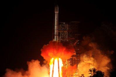 05_18_china_moon_change