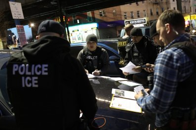 ICE-officers