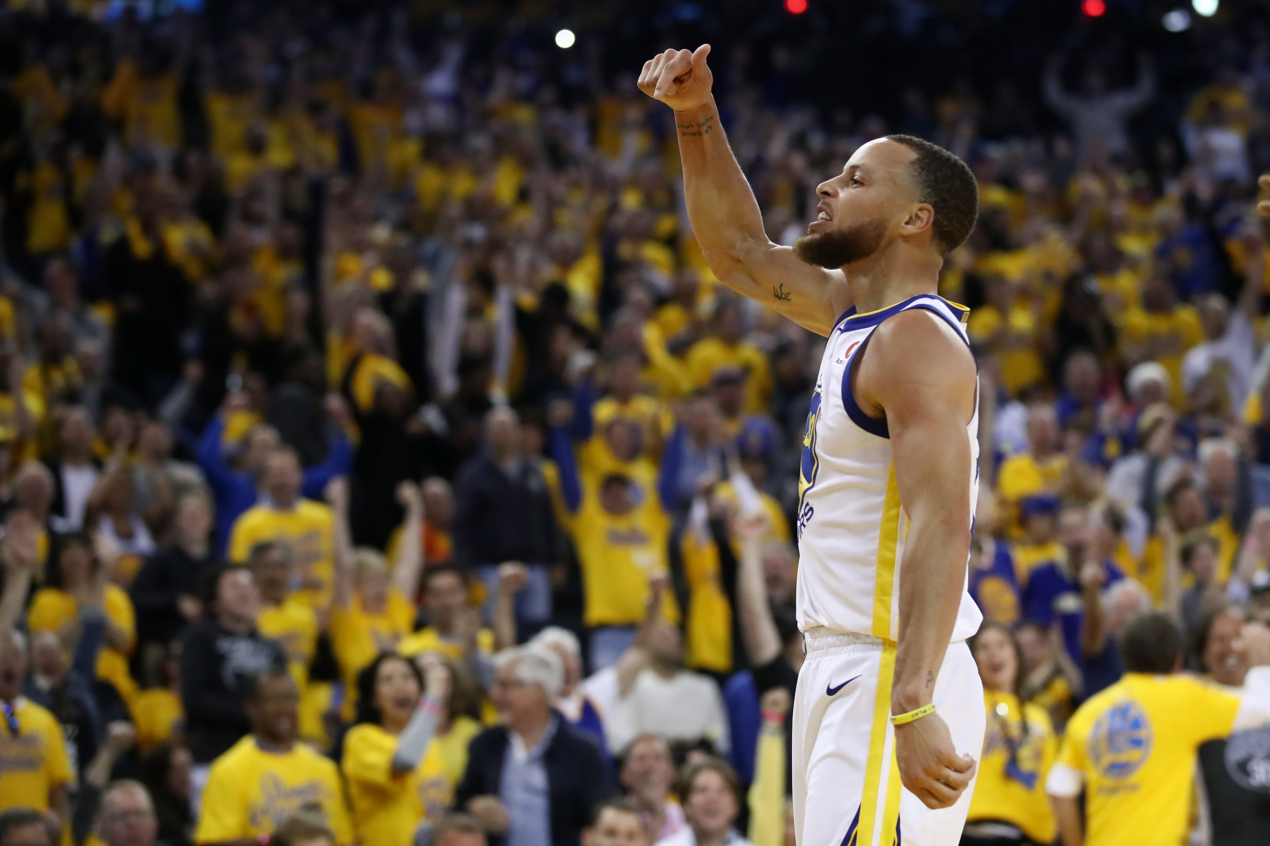 'This Is My House': Steph Curry Rebuked by His Mom After Outburst in Game Three