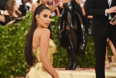 5_21_Kim Kardashian