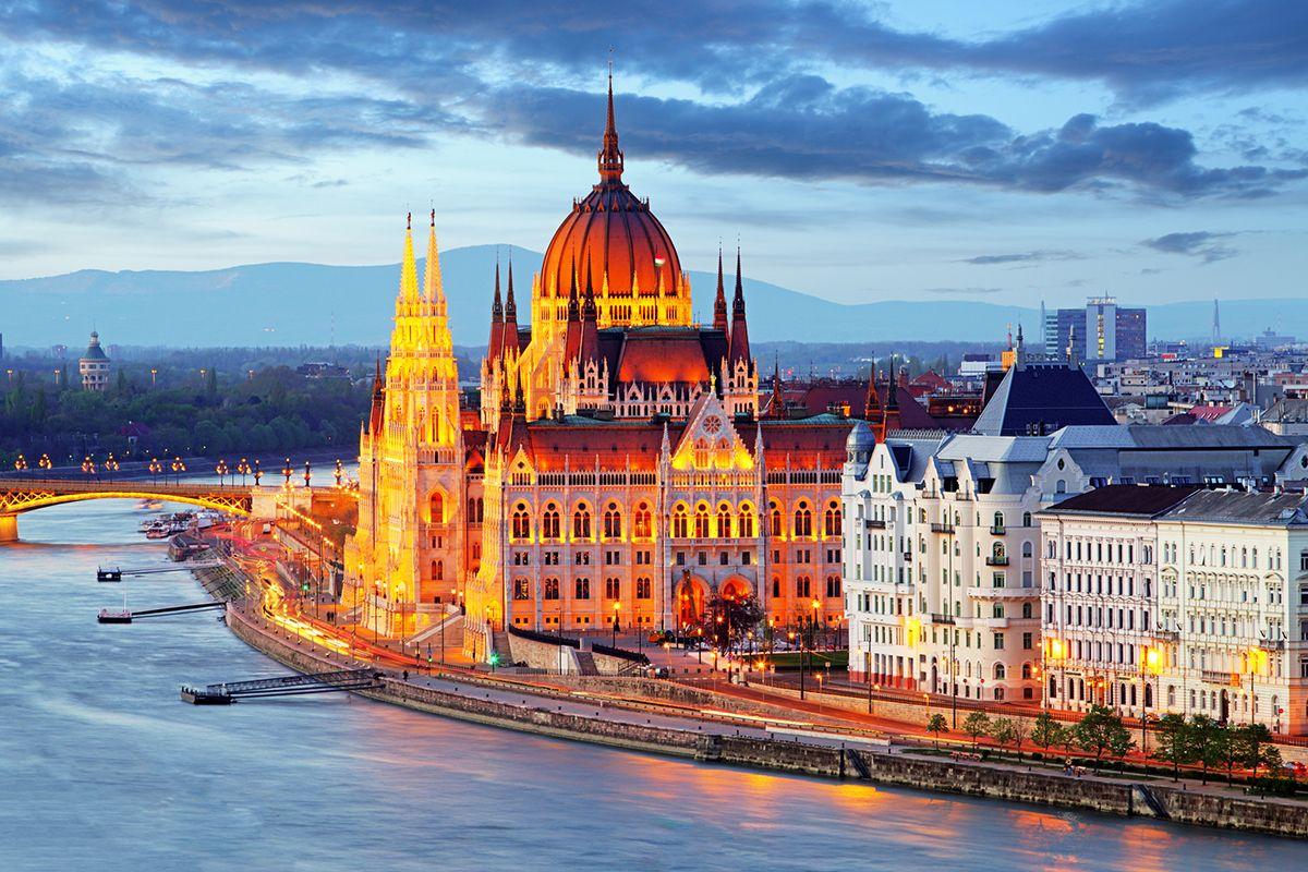 02 Hungary