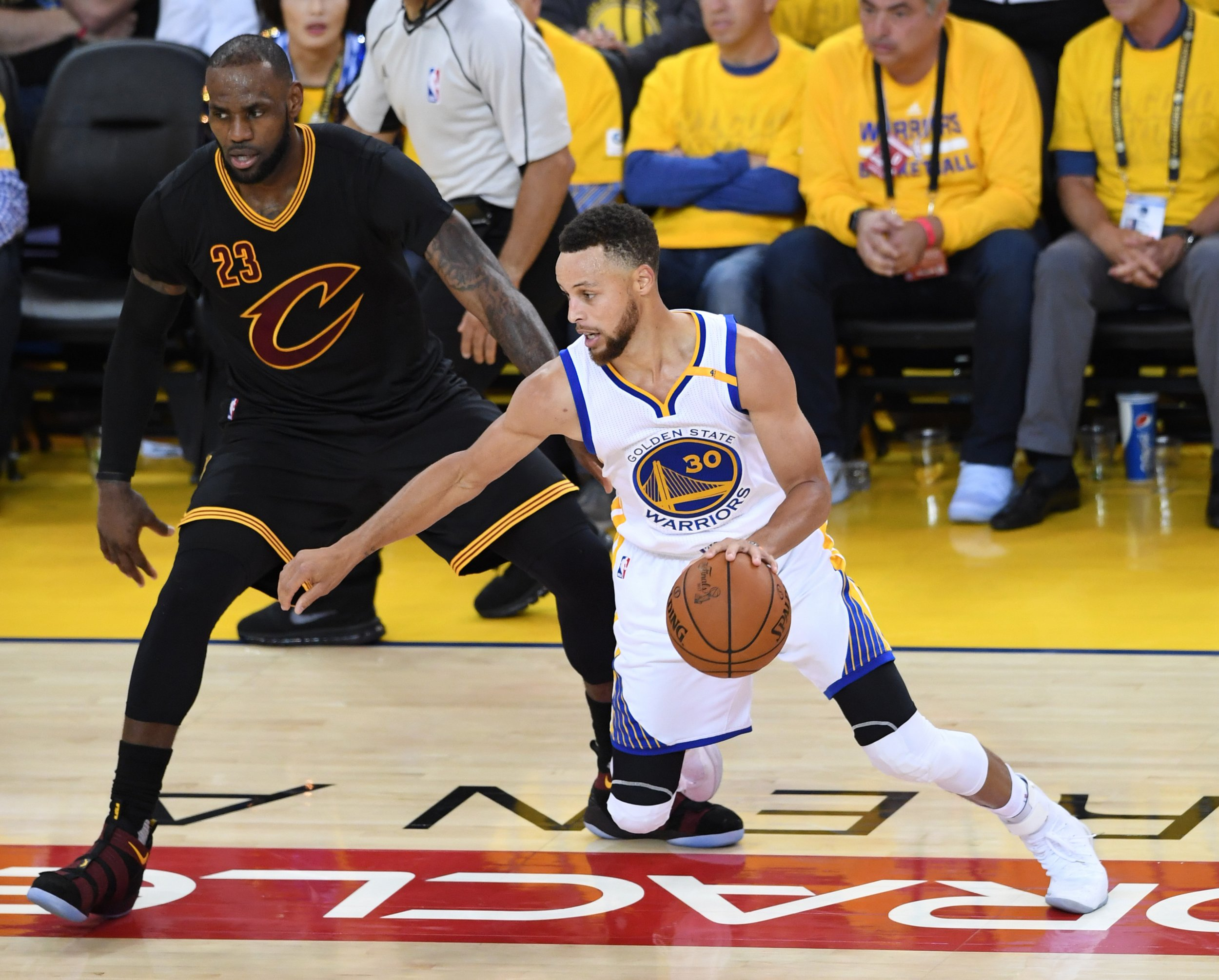 9e6b6bce04bc GettyImages-695362994 LeBron James (L) against Stephen Curry during the  second half in Game 5 of the 2017 NBA Finals at ORACLE ...
