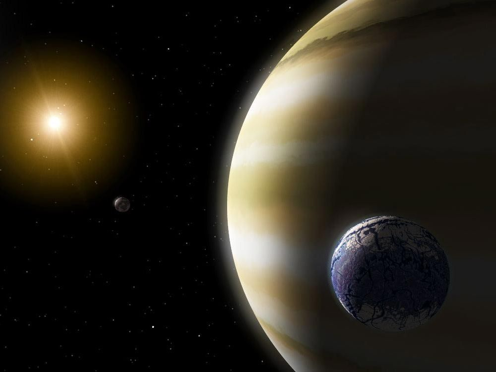 These 121 Giant Planets May Have Habitable Moons