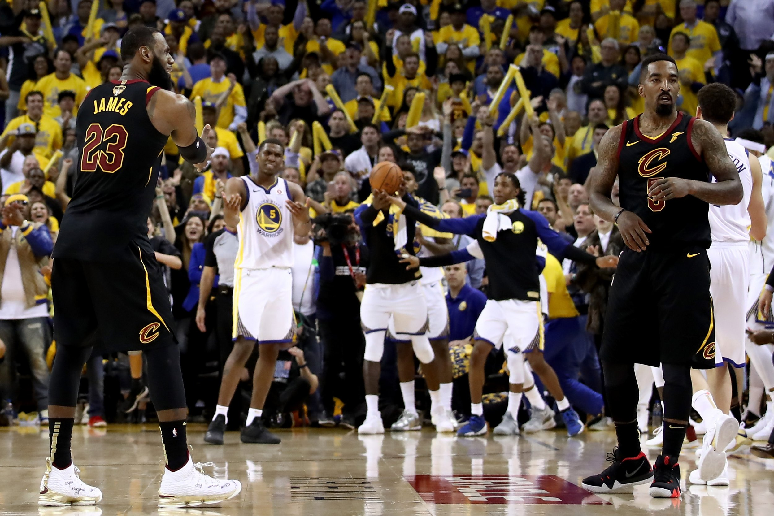 NBA Finals: JR Smith's Blunder in Game 1 Broke Twitter