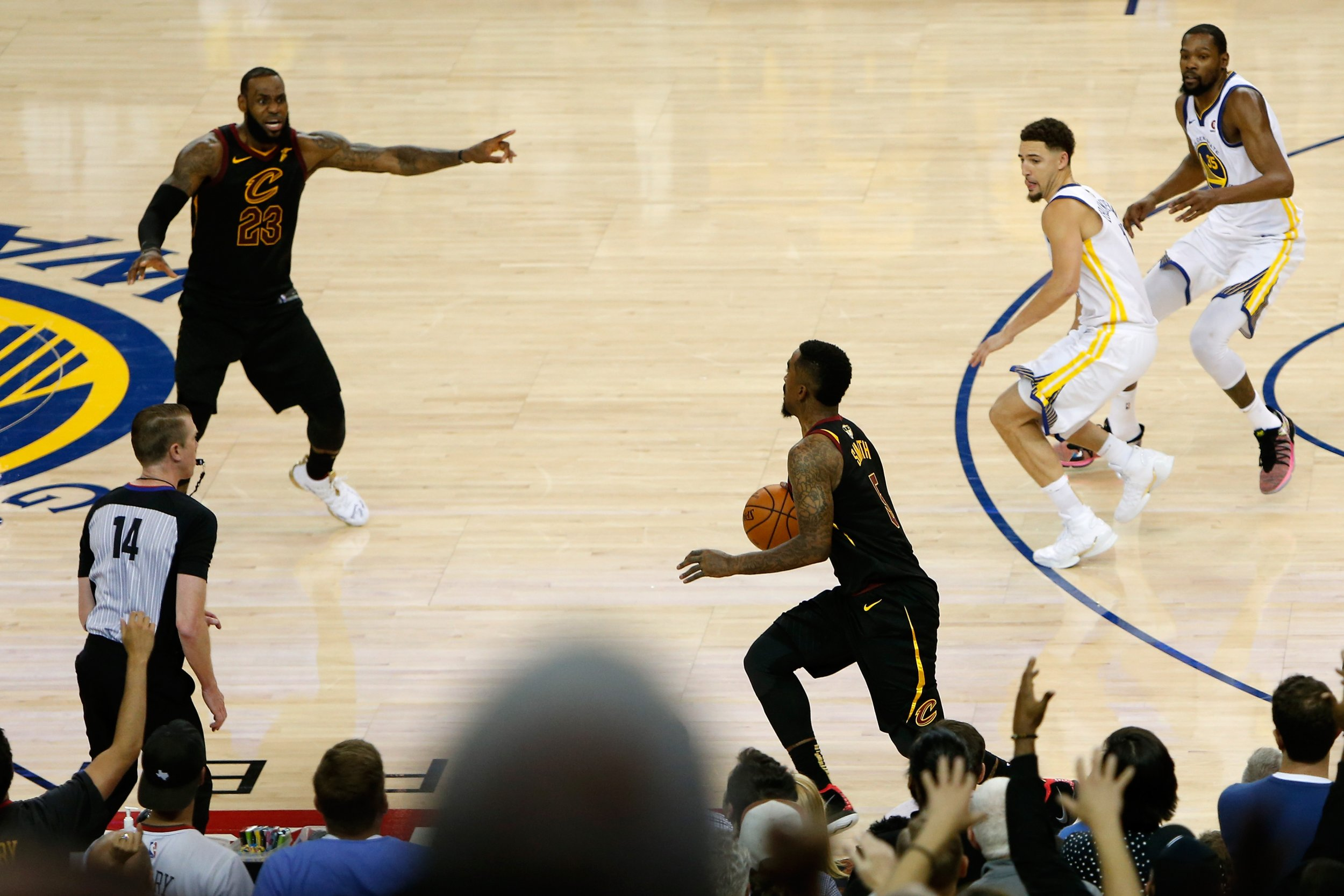 How Will LeBron James and Cavs Respond to the J.R. Smith Play in Game 2 of NBA Finals?