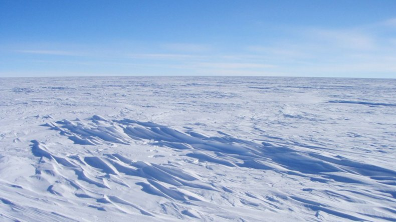 06_04_east_antarctica_ice