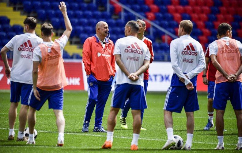 06_07_Russia_football