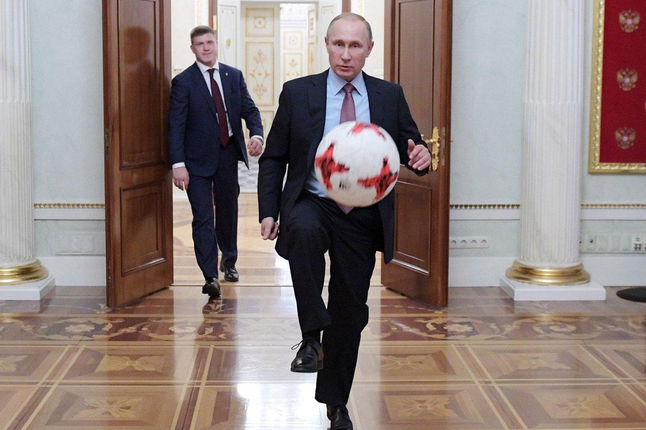 FE World Cup lede image