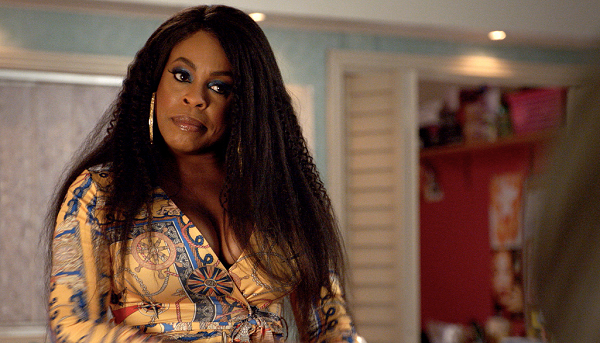 'Claws' Season 2 Sneak Peek Teases Densa's Rise to Power While Uncle Daddy Takes the Backseat
