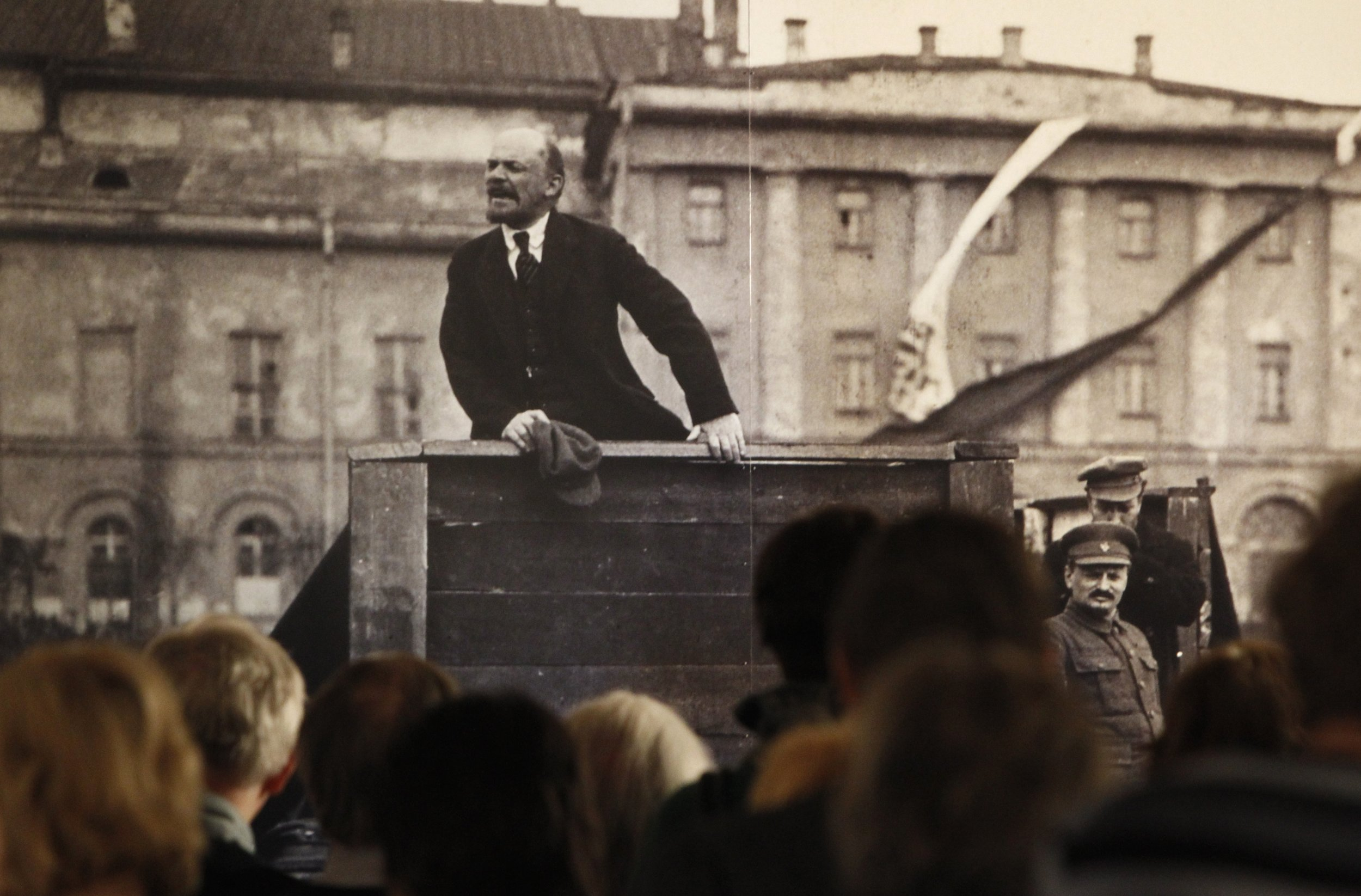 In Russia, erased the memory of the Stalinist repression 70