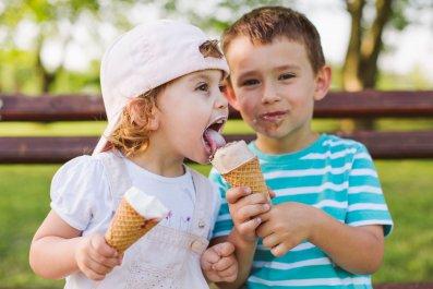 toddlers-ice-cream-stock