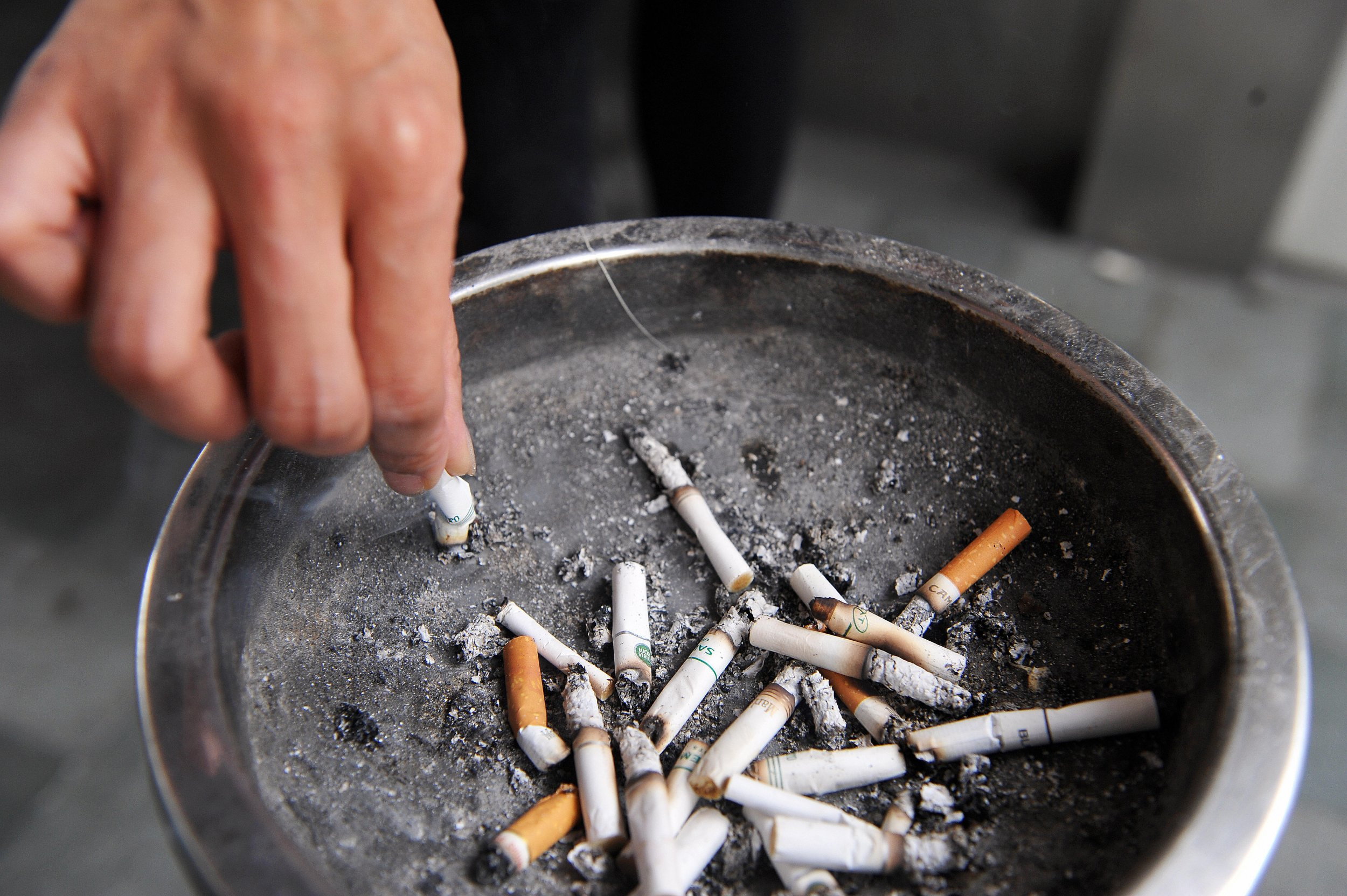 Secondhand Smoke Might Triple Childs >> Hearing Loss In Children Linked To Secondhand Smoke Exposure New