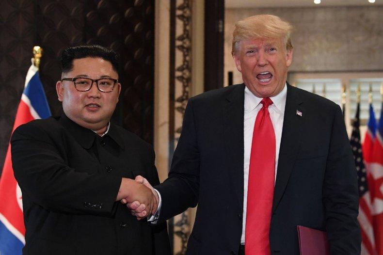 06_12_Kim_Trump_Handshake