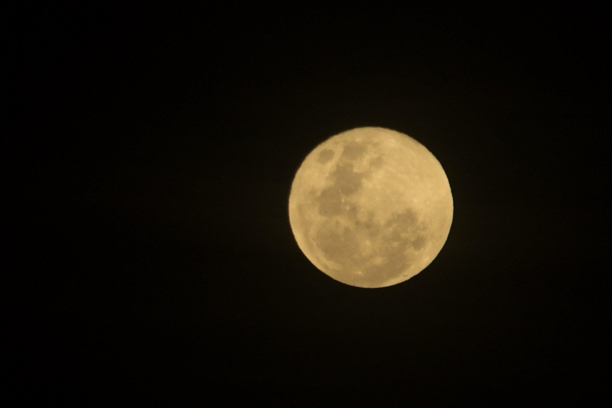 06_12_Moon