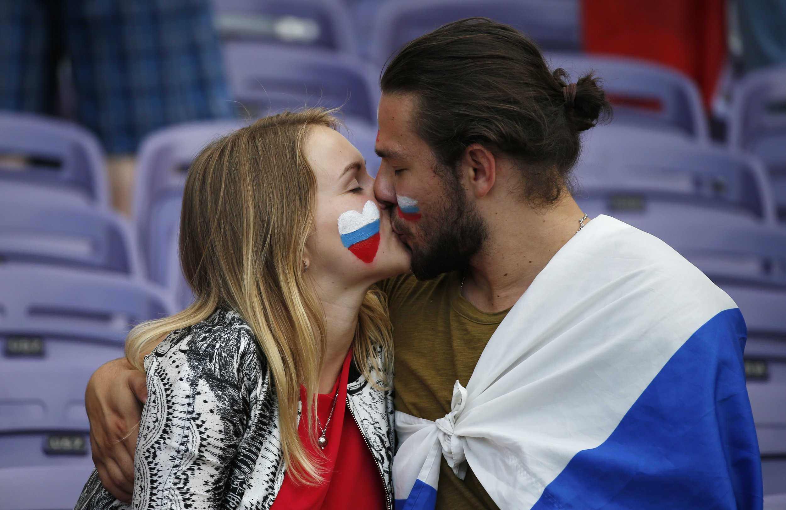 Russian Women Told To Refuse Sex To Foreigners During World Cup