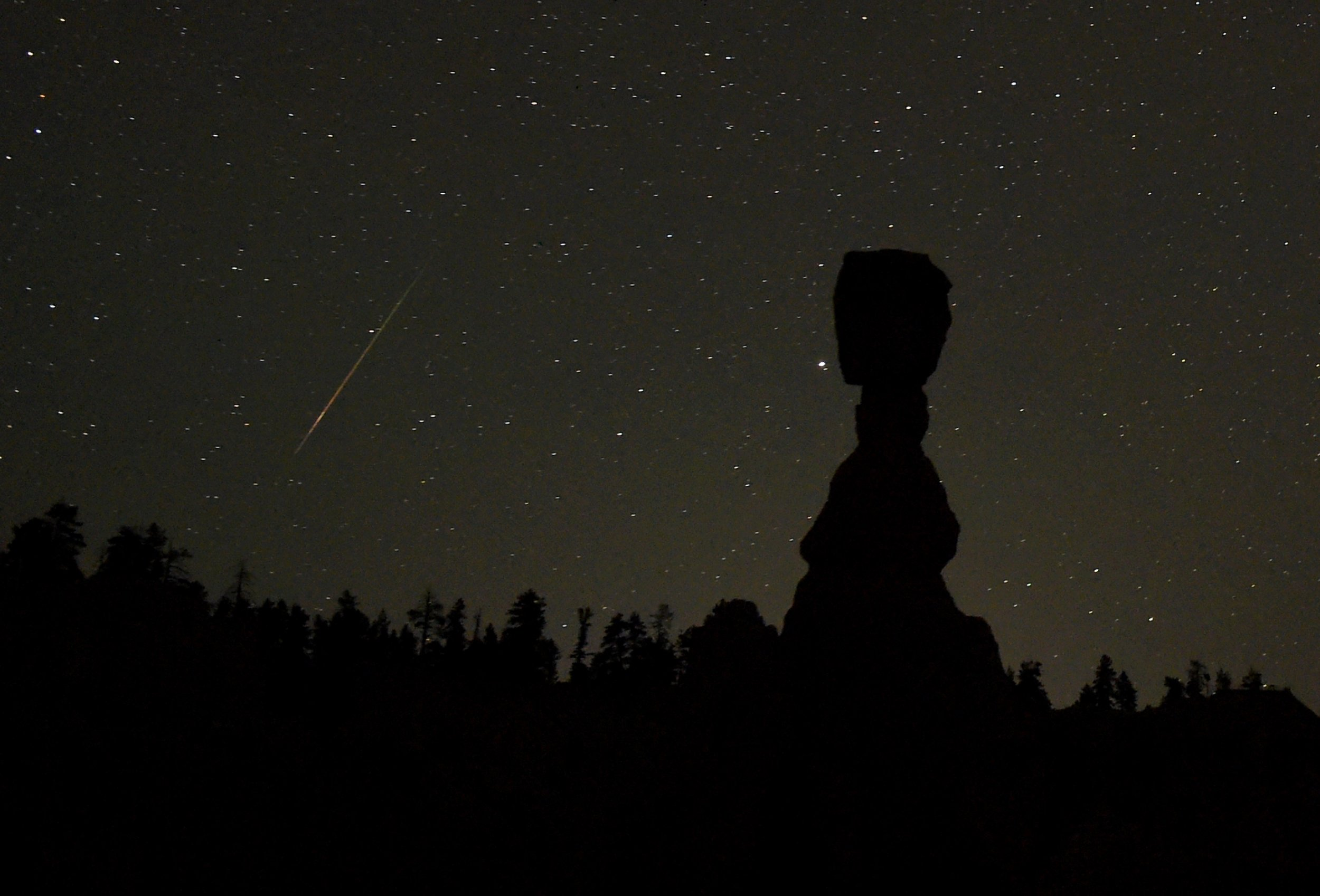Mars, Venus and the Perseid Meteor Shower: Everything You ...