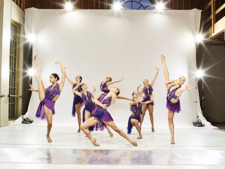 World of dance season 2 episode 13 recap the cut 1 live blog results Expressenz contemporary dance group Indiana