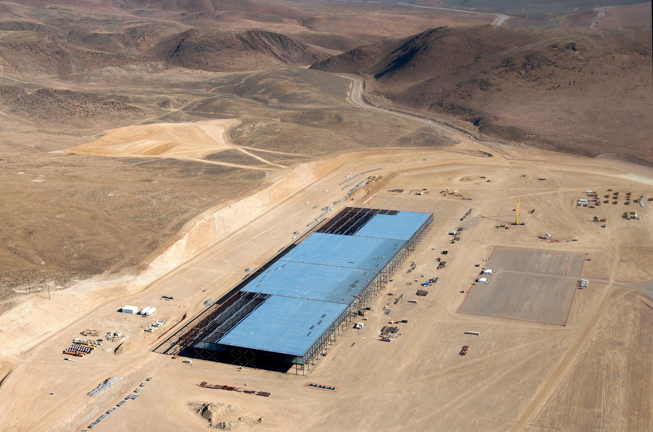 Tesla Gigafactory Jobs >> Tesla Says Threat To Shoot Up Gigafactory Came From Friend Of