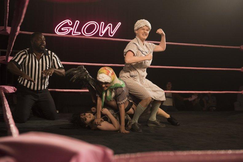 glow-season-2-old-ladies