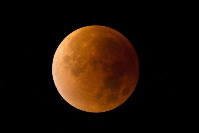 6_25_Lunar eclipse