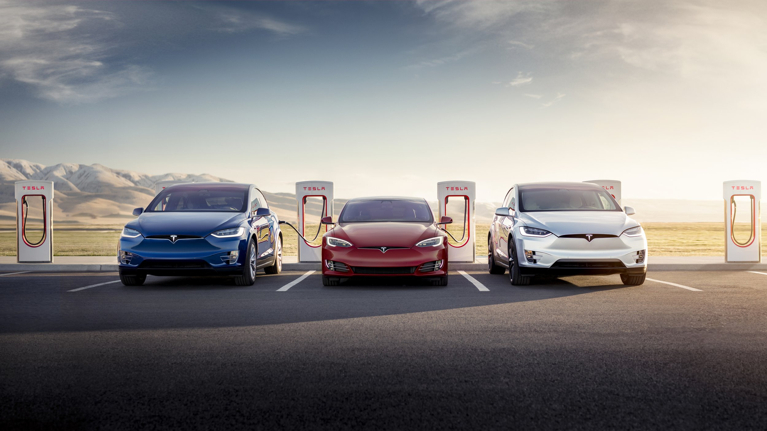 Tesla Model 3 Owners Will Have to Start Paying for Internet